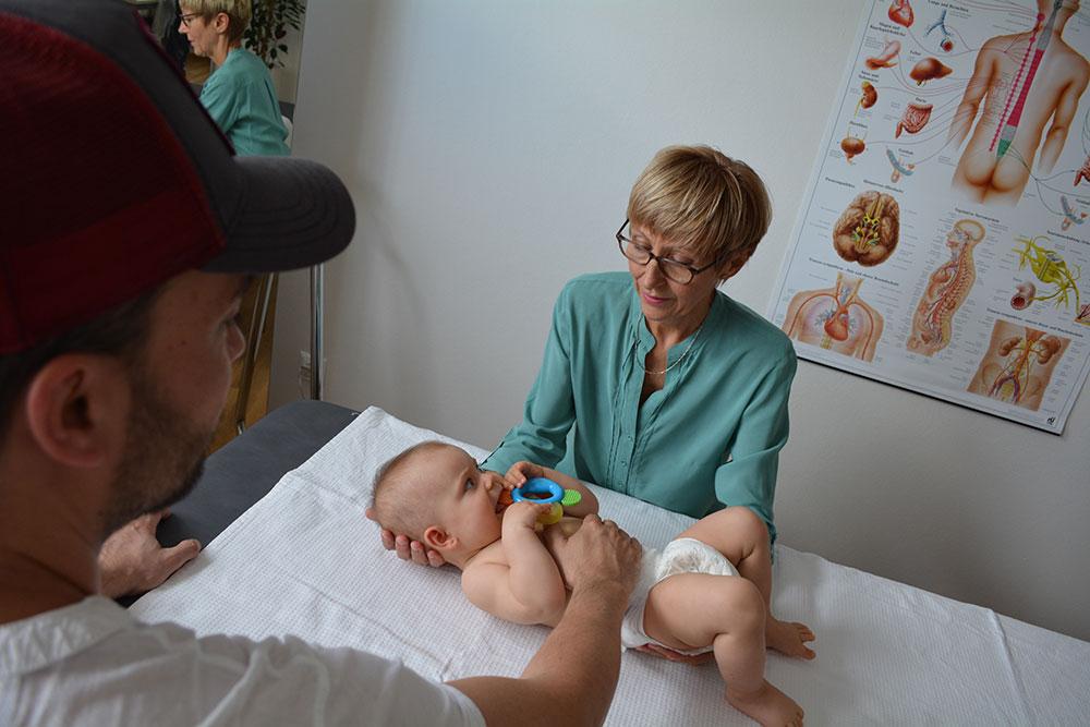 baby osteopathie Behandlung vojta therapie